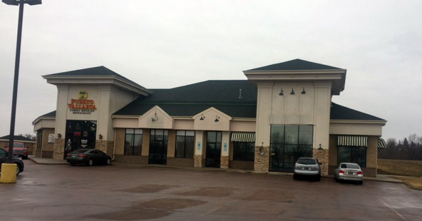 Louise Avenue Retail